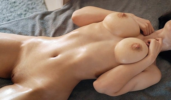 Husband wife smeared with oil and granted it solely masturbate with your fingers