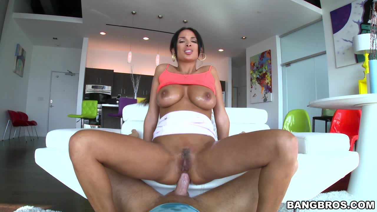 Anal Sex from France, with Love!