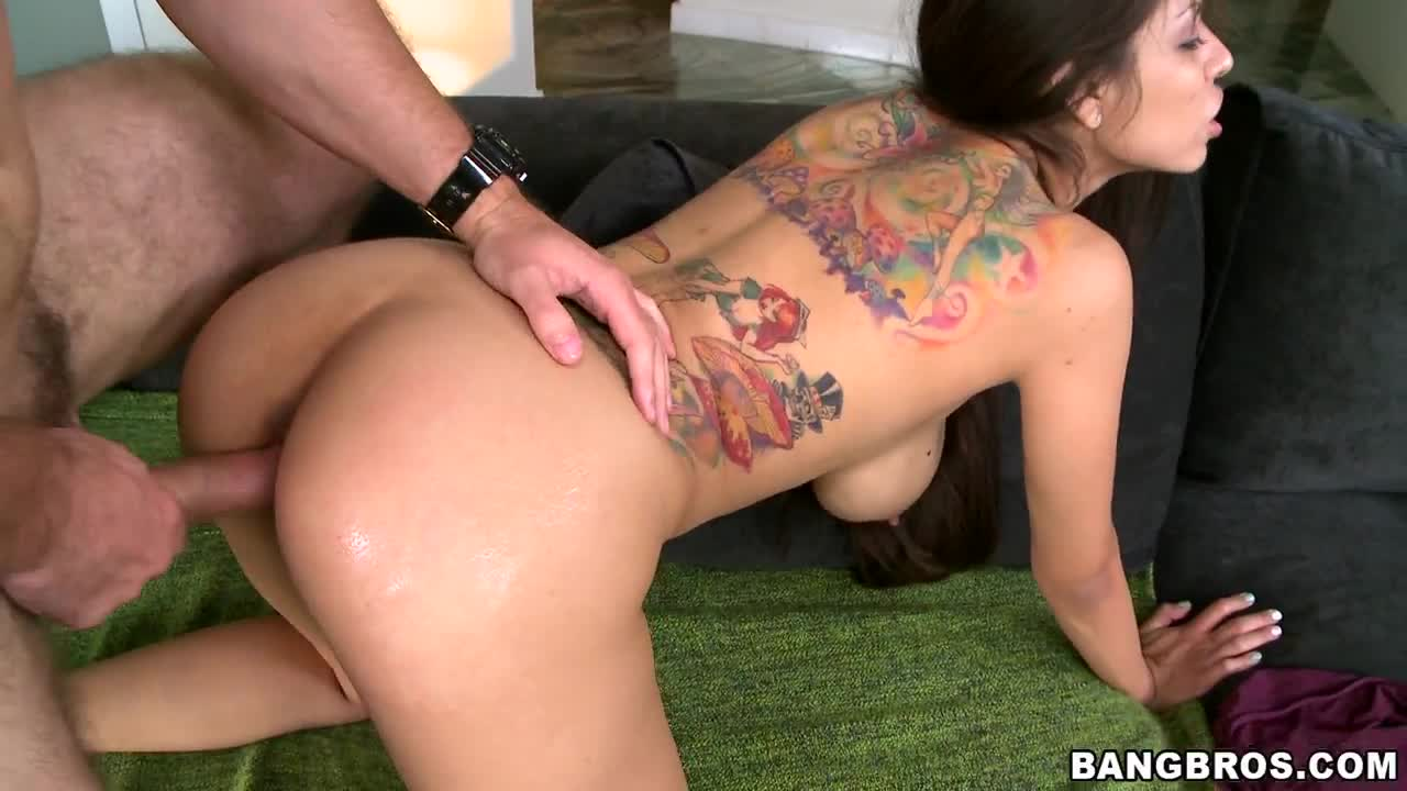 Creampie for a hot Latina