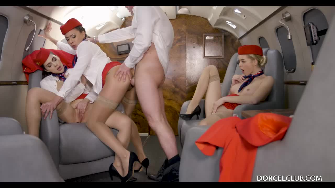 The most passionate hookup is when they fly into the turbulence zone.